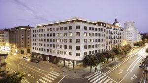 Infografía de la vista general del Vistas exteriores de el Edificio San Ignacio Pamplona. Construcciones San Martín, S.A.